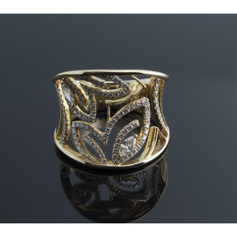 Antony Jewelers Yellow gold cutout buttefflies diamond ring