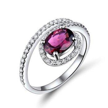 Fashion ring with pink tourmaline stone