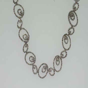 Uniquely set necklace with diamonds