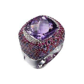 Amethyst and rubies fashion ring