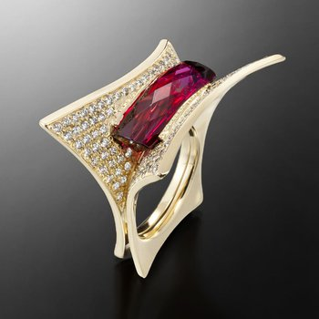 Golden Ruby fashion ring