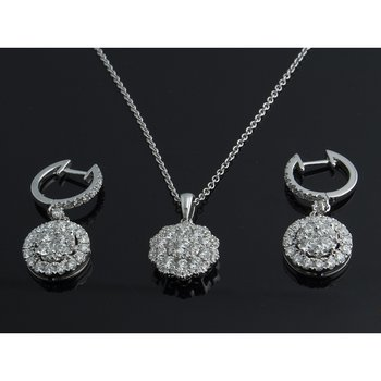 Diamond set:earrings and pendant