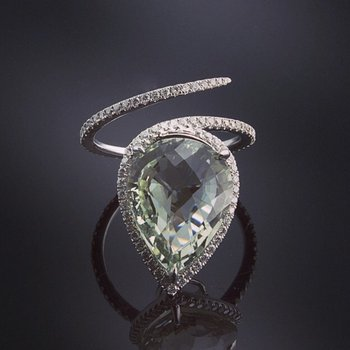 Light green amethyst diamond ring
