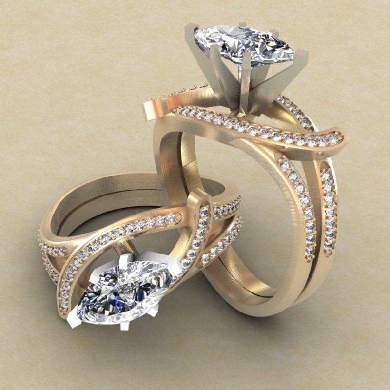 Antony Jewelers Swirl yellow gold engagement ring