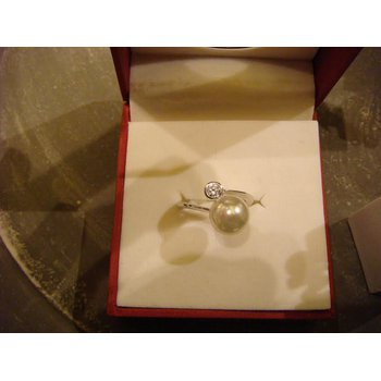 The perfect pearl ring