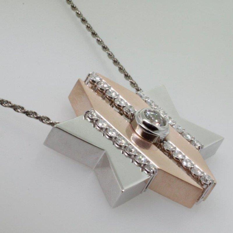 "Antony Jewelers Unique two-tone ""Star of David"" necklace with diamonds"