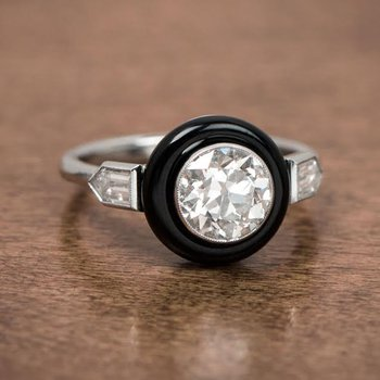 Yin&Yang diamond ring