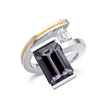 Geometrically designed fashion ring