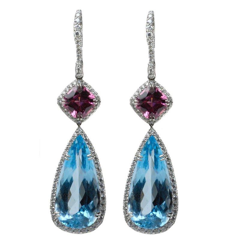 Antony Jewelers Adorable earrings with aquamarines and garnets stones