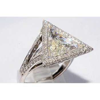 One-of-a-kind engagement ring with triangular diamond