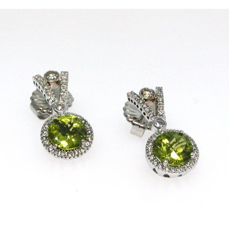 Antony Jewelers Tanzanite stud earrings