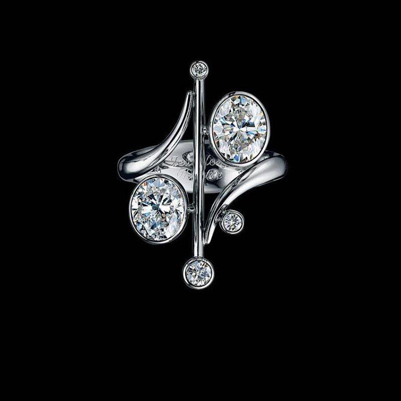 Antony Jewelers A unique diamond ring!