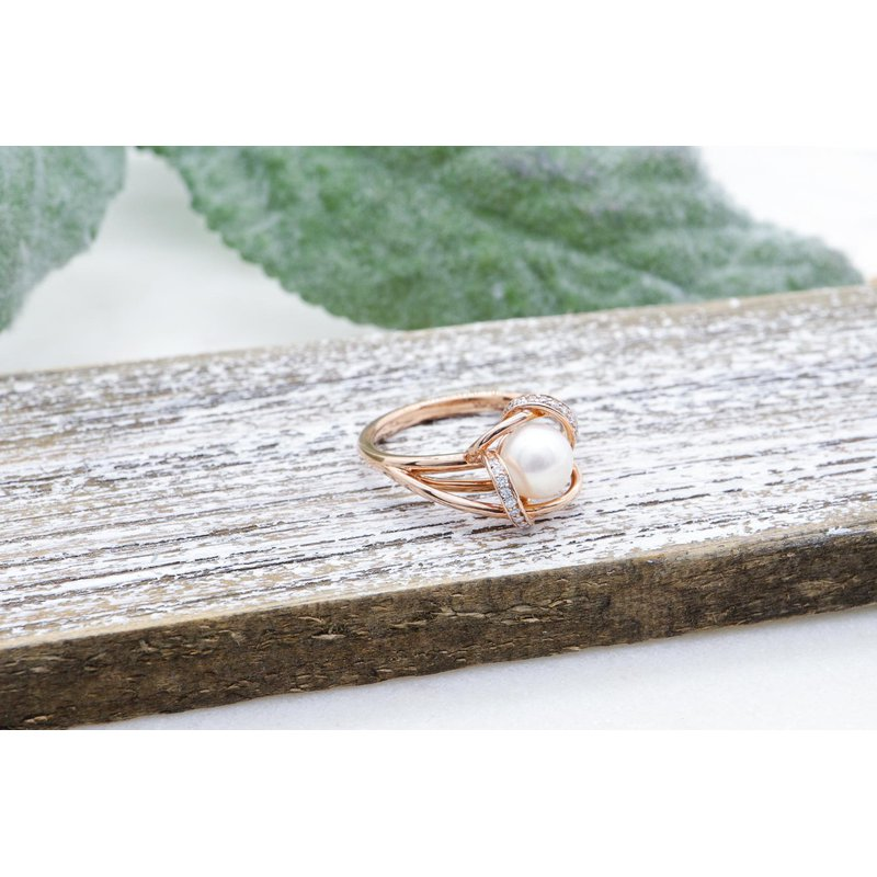 Diamond Days Rose Gold Cultured Pearl Ring