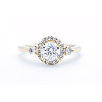 Vintage-Inspired Diamond Halo Ring