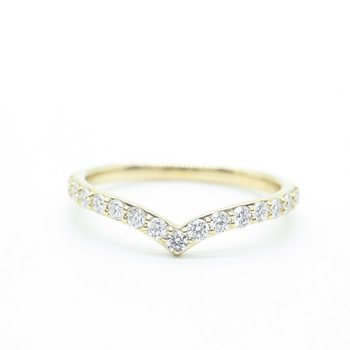 Yellow Gold V-Shaped Diamond Ring