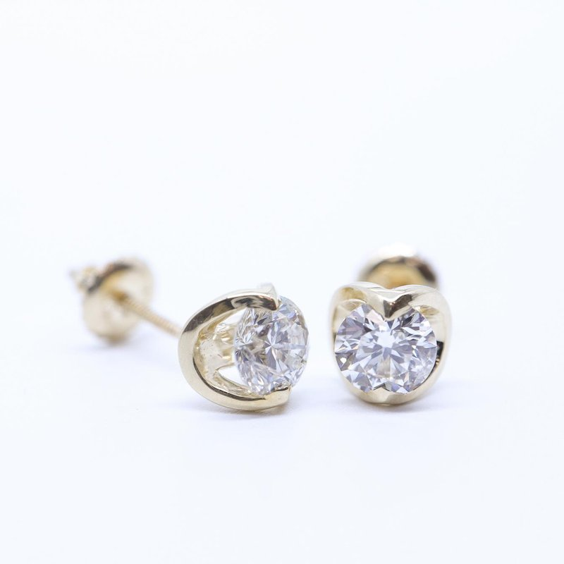 Maple Leaf Diamonds 0.10CTW Canadiand Diamond Solitaire Earrings