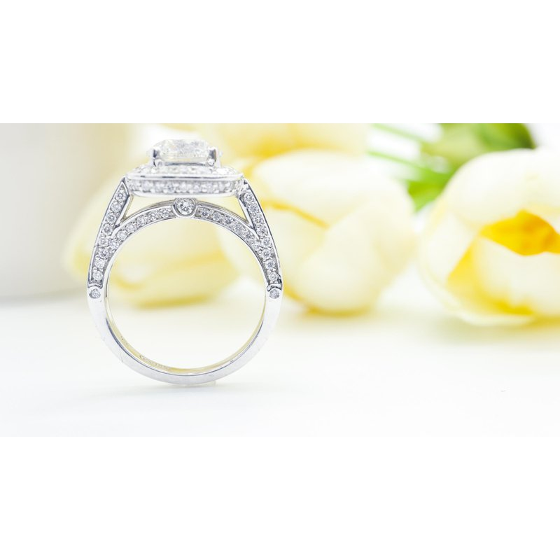 Richardson Signature 2.01CT Diamond Engagement Ring