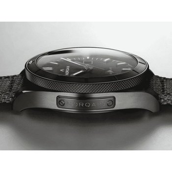 Adventure Sport Auto Blacksteel Black Dial Black Rubber Strap Blacksteel Buckle