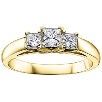 Princess-Cut Diamond 3 Stone Ring