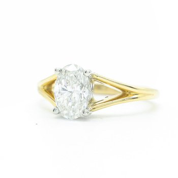 1.01CT Oval Solitaire Diamond Ring