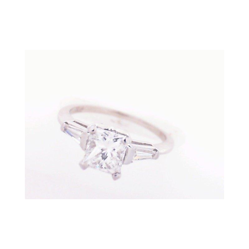 Cumberland Diamond Signature 100-00244