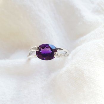 Arizona Amethyst Ring with Overlapping Diamonds