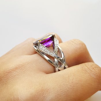 Antique Arizona Amethyst Interwoven Ring