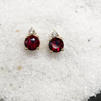 Garnet and Diamond Stud