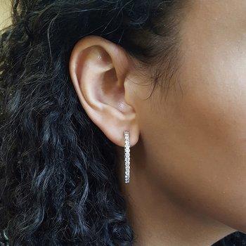 Diamond Inside Out Starburst Chunky Oval Hoop Earrings in 14k White Gold (1 ctw)