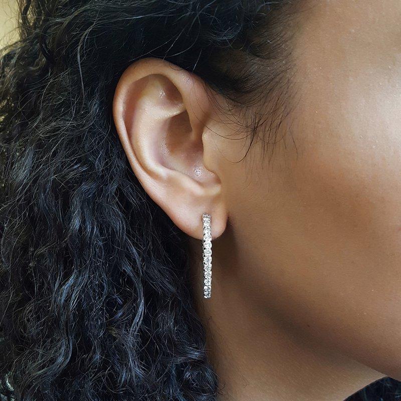 Gems One Diamond Inside Out Starburst Chunky Oval Hoop Earrings in 14k White Gold (1 ctw)