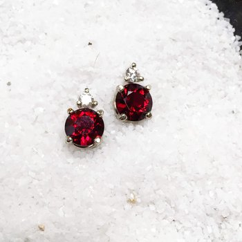 Garnet and Dimond Stud