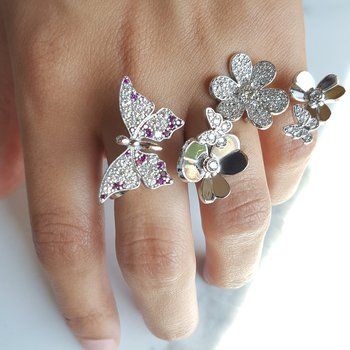 3 Finger Floral Ring