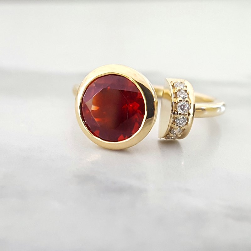American Gem Collection™ Solar Eclipse
