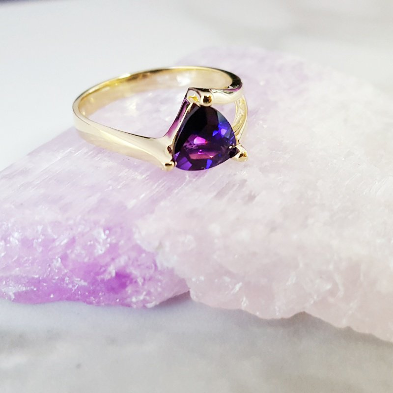 Arizona Amethyst™ Gold Jewelry Partial Split Shank Ring