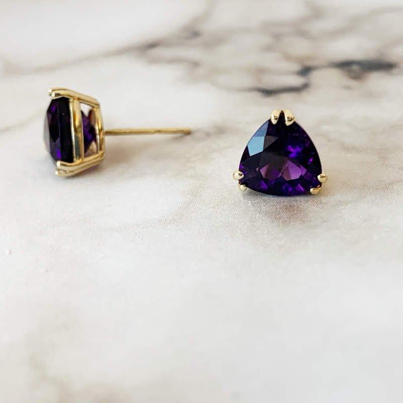 Arizona Amethyst™ Gold Jewelry Trillion Stud