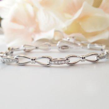 Bow Link Bracelet