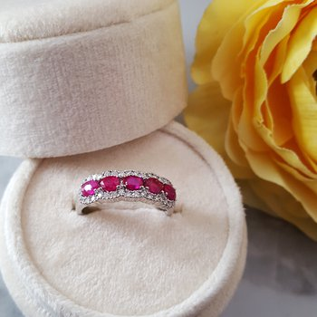 Oval Ruby Band