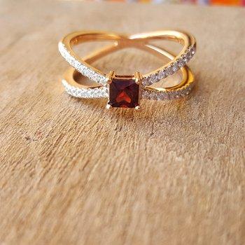 Split Shank X Ring