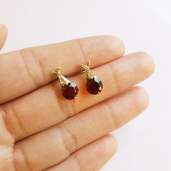 Criss Cross Garnet Earrings