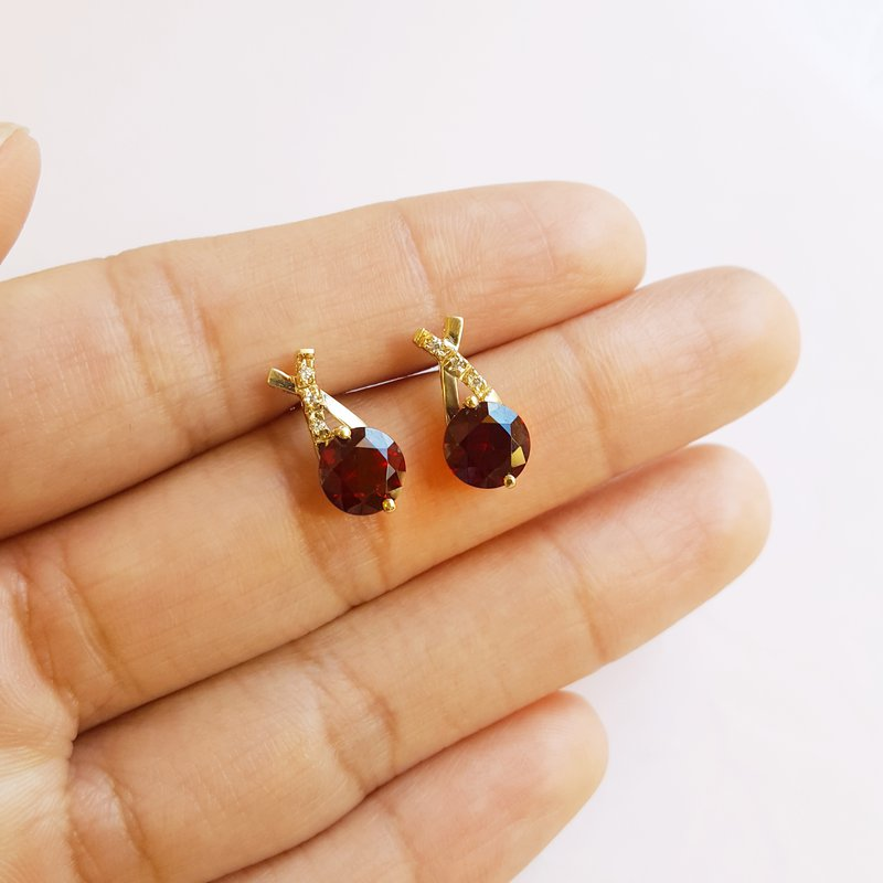 Arizona Anthill Garnet Gold Jewelry Criss Cross Garnet Earrings