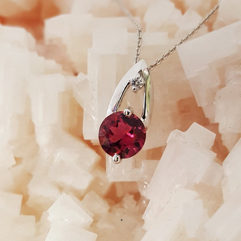 American Gem Collection™ Magenta Dreams