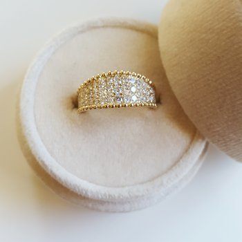 Pavé Beaded Edge Diamond Band