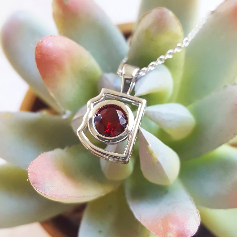 Arizona Anthill Garnet Silver Jewelry Mini AZ Garnet Pendant
