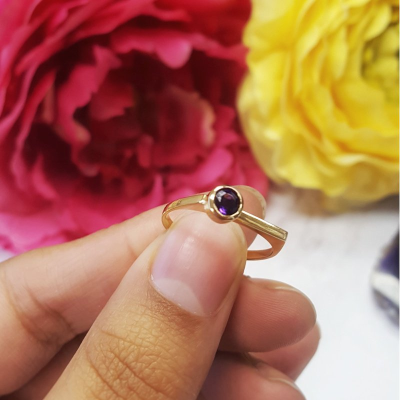 Arizona Amethyst™ Gold Jewelry Bezel Amethyst Ring