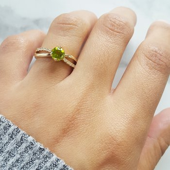 Infinity Peridot Ring