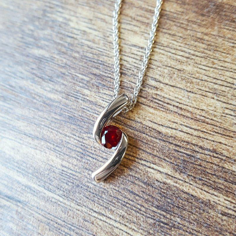 Arizona Anthill Garnet Silver Jewelry Garnet Swirl Necklace