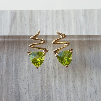 Zig Zag Peridot Earrings