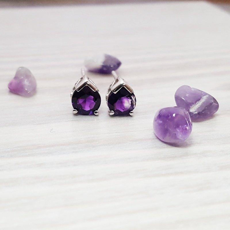 Arizona Amethyst™ Silver Jewelry Peak Stud Earrings