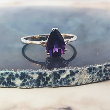 Pear Shaped Double Prong Ring