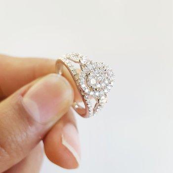 Oval Pavé Diamond Halo Ring